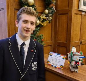 Year 10 student builds hand sanitiser robot